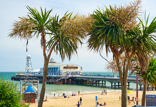 LV Jobs - Careers Website - Offices - Living in Bournemouth 4.jpg