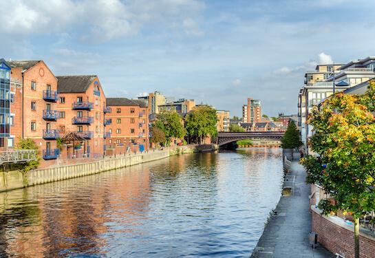LV Jobs - Careers Website - Offices - Living in Leeds 3.jpg