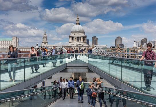 LV Jobs - Careers Website - Offices - Living in London 3.jpg