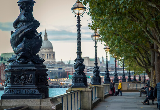 LV Jobs - Careers Website - Offices - Living in London 4.jpg